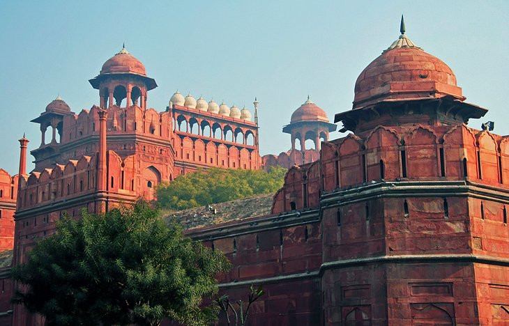 india-top-attractions-red-fort